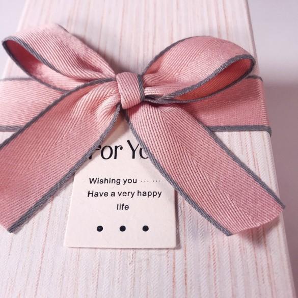 Коробка розовая